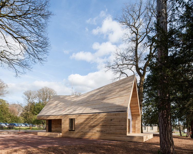 Wolfson Tree Management Centre Mess Building  / Invisible Studio, Courtesy of Invisible Studio