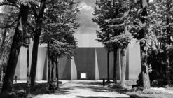 "RAAAF Propose to ""Reclaim"" Venice's Giardini by Shrouding National Pavilions with Fabric"