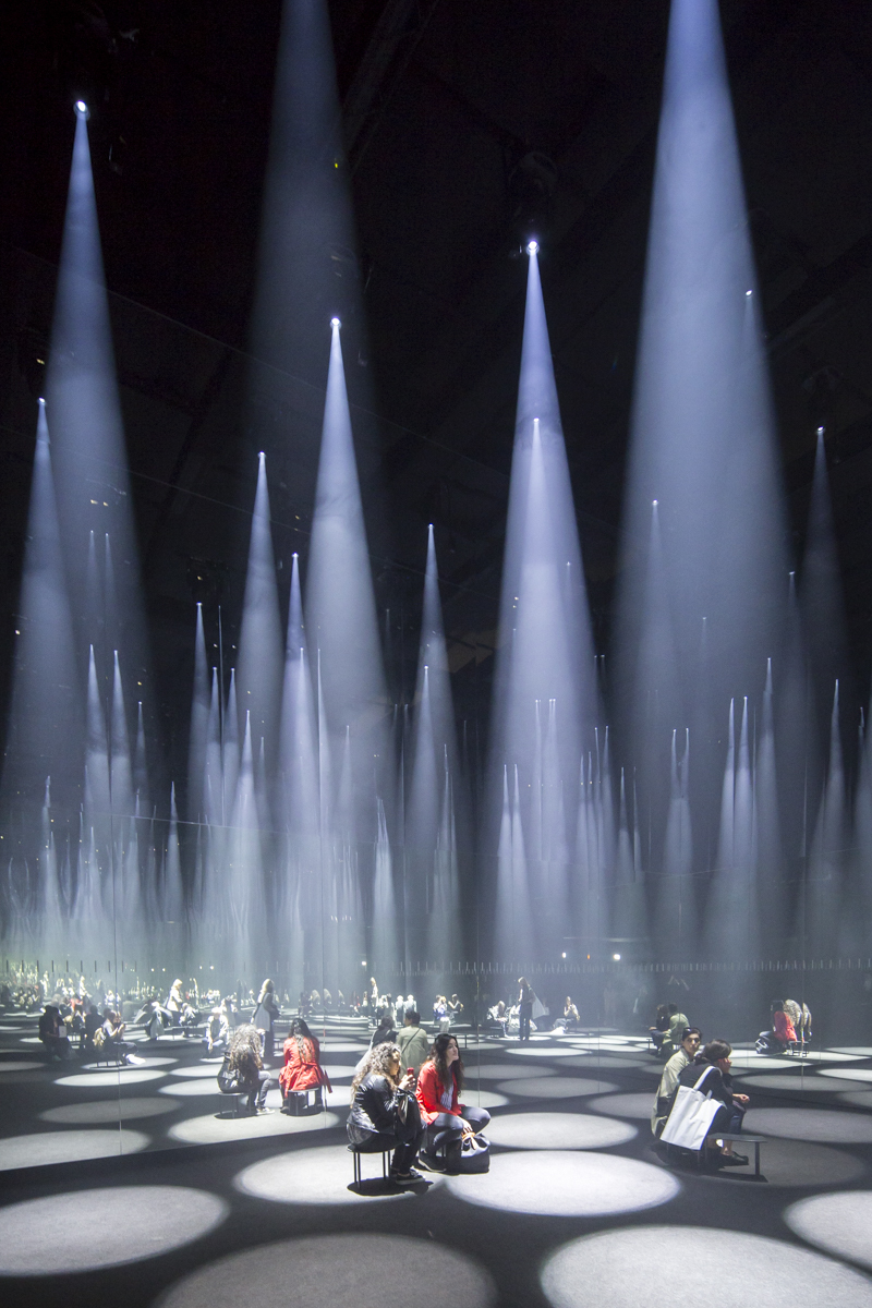 Gallery of sou fujimoto installs a forest of light for cos at 2016 salone del mobile 21 - Finestra mobile cos e ...