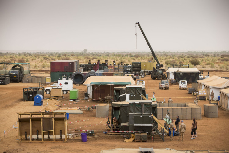 Malkit Shoshan on How the City is a Shared Ground for the Instruments of War and Peace, Initial set-up, Camp Castor, Gao (Mali). Image © The Dutch Ministry of Defense