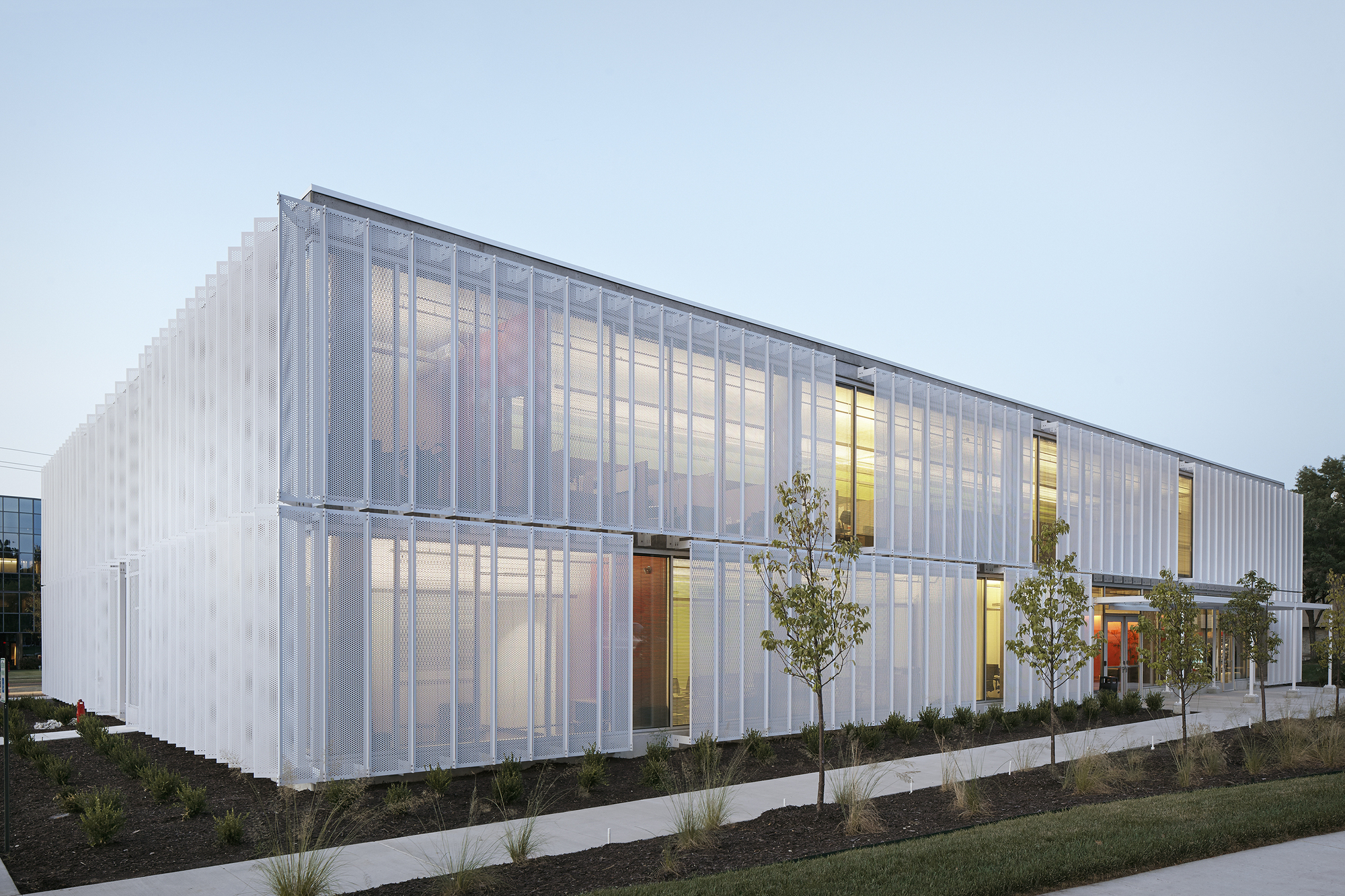 Leawood speculative office el dorado archdaily for Archi facade