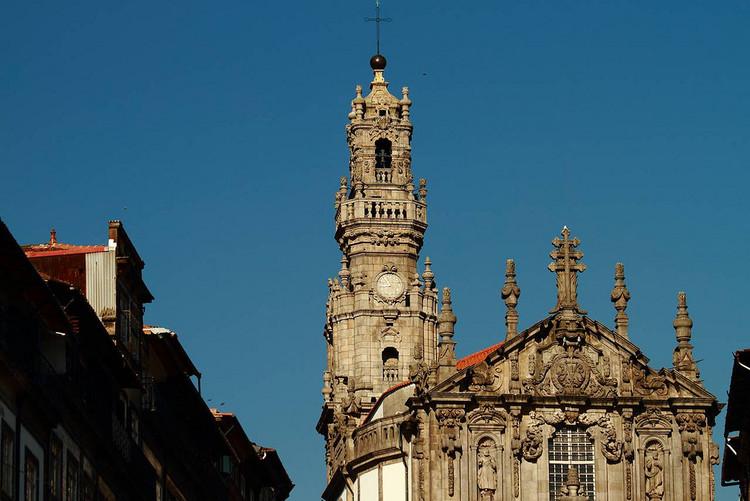 """Exposição """"Nasoni - Regressos""""reúne fotografias de Luís Ferreira Alves no MMIPO, Igreja dos Clérigos, Porto. Image © José Moutinho, via Flickr. CC"""