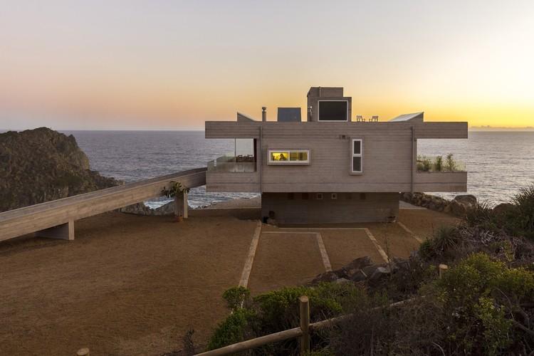 Casa Mirador - Tunquen  / Víctor Gubbins Browne + Gubbins Arquitectos, © Marcos Mendizábal