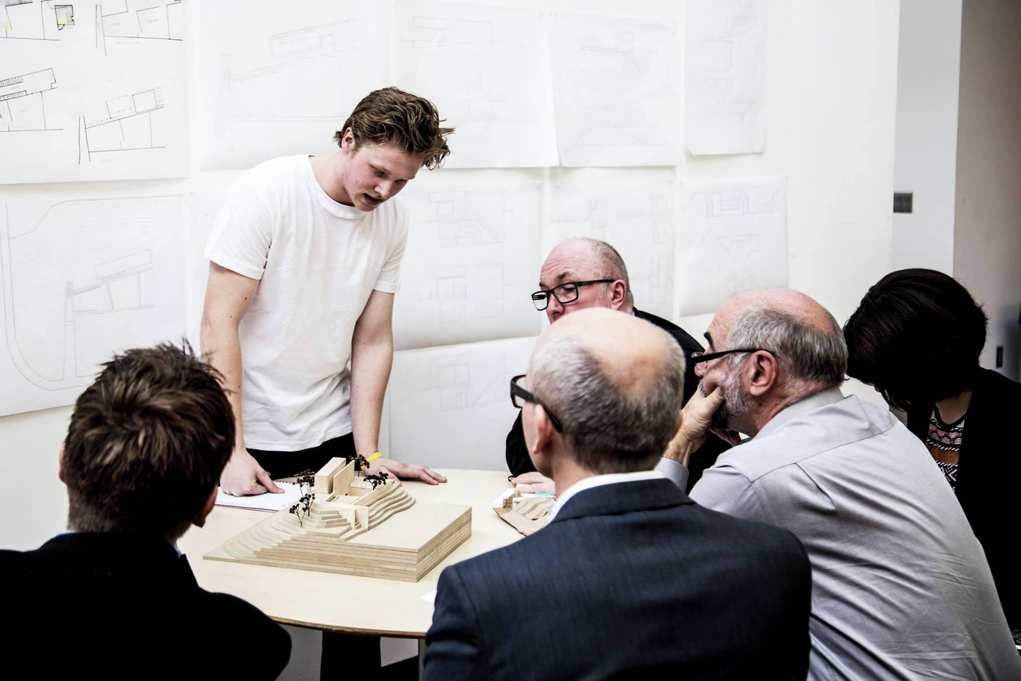 Cómo mejorar la educación arquitectónica: aprender (y desaprender) del método Bellas Artes