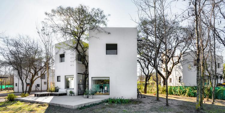 Conjunto Acacias / Tectum  Architecture, © Gonzalo Viramonte