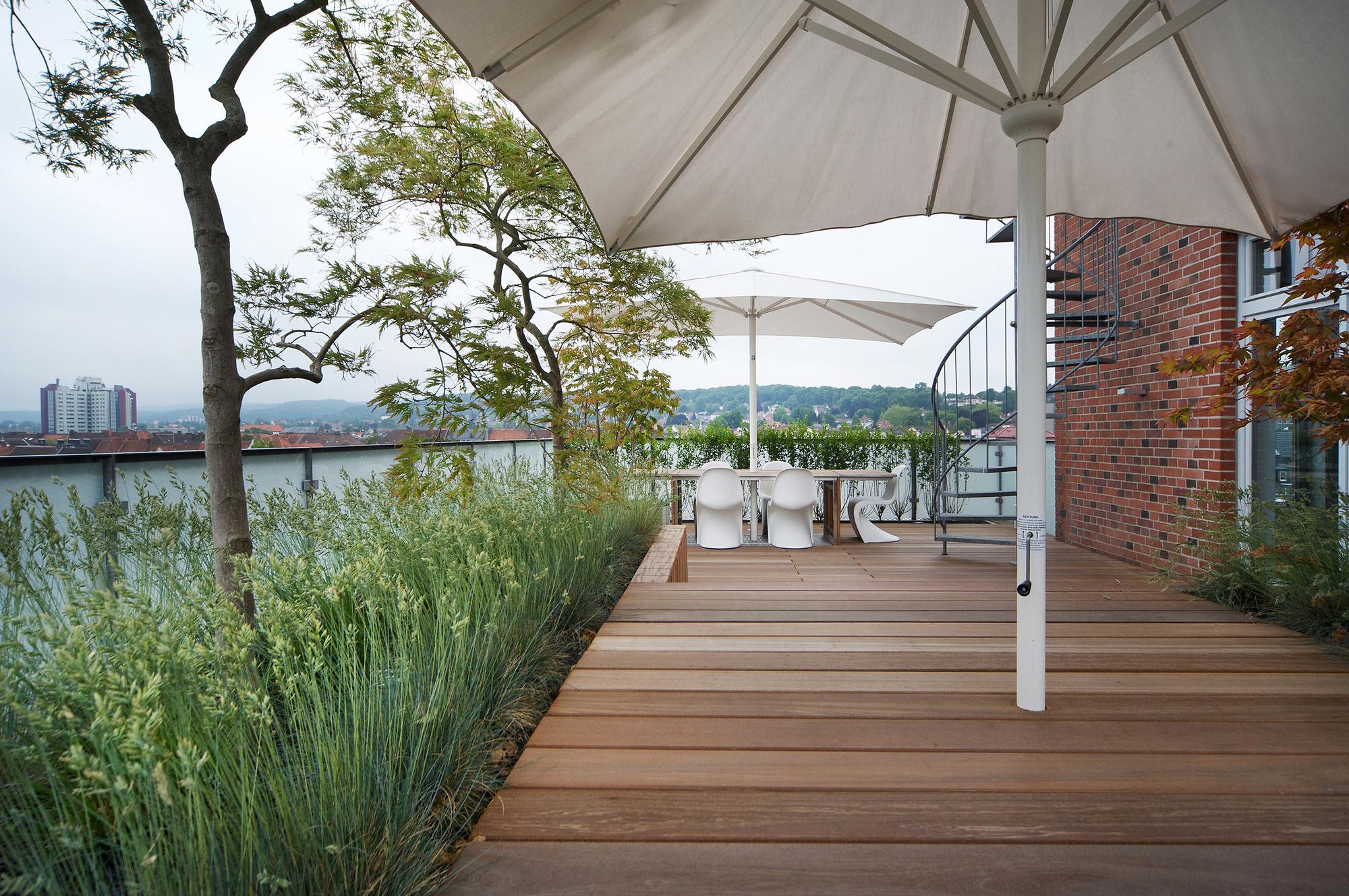 galer a de penthouse en bielefeld architekten. Black Bedroom Furniture Sets. Home Design Ideas