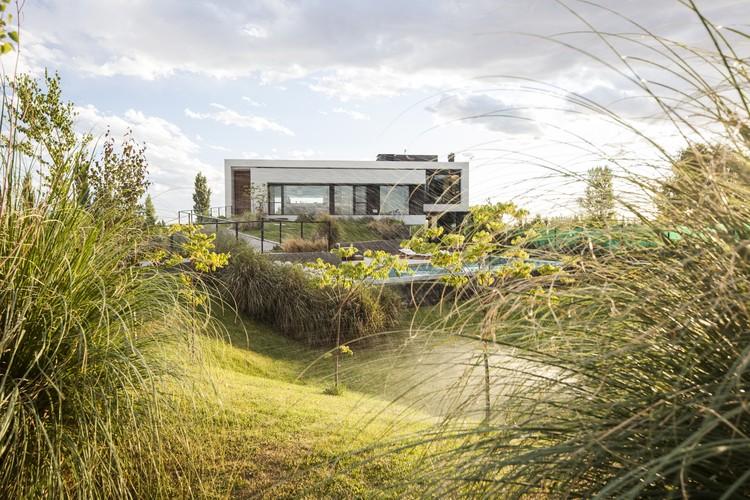 Casa Rampa / Andrés Remy Arquitectos, © Alejandro Peral