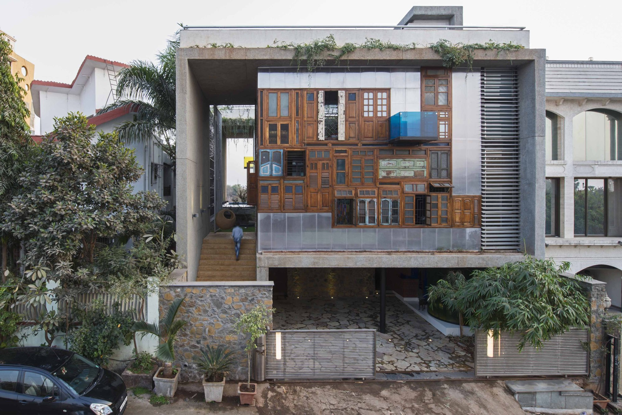 Collage house s ps architects