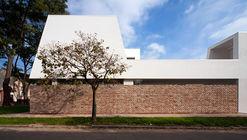 Oficina en Debrecen  / Archiko Kft