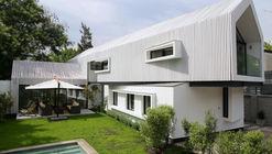 Casa Lo Contador / GNP Arquitectos