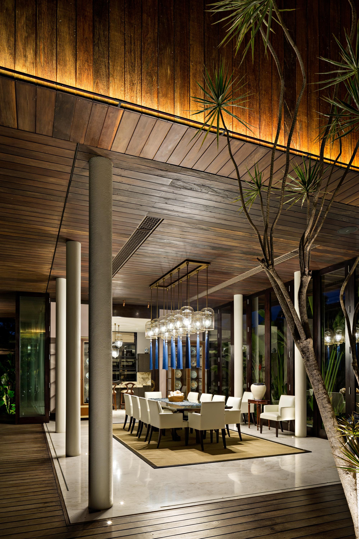 DRA House in Bali / D-Associates | ArchDaily