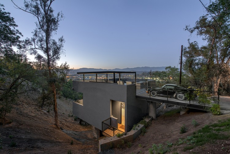 Car Park House / Anonymous Architects, © Steve King