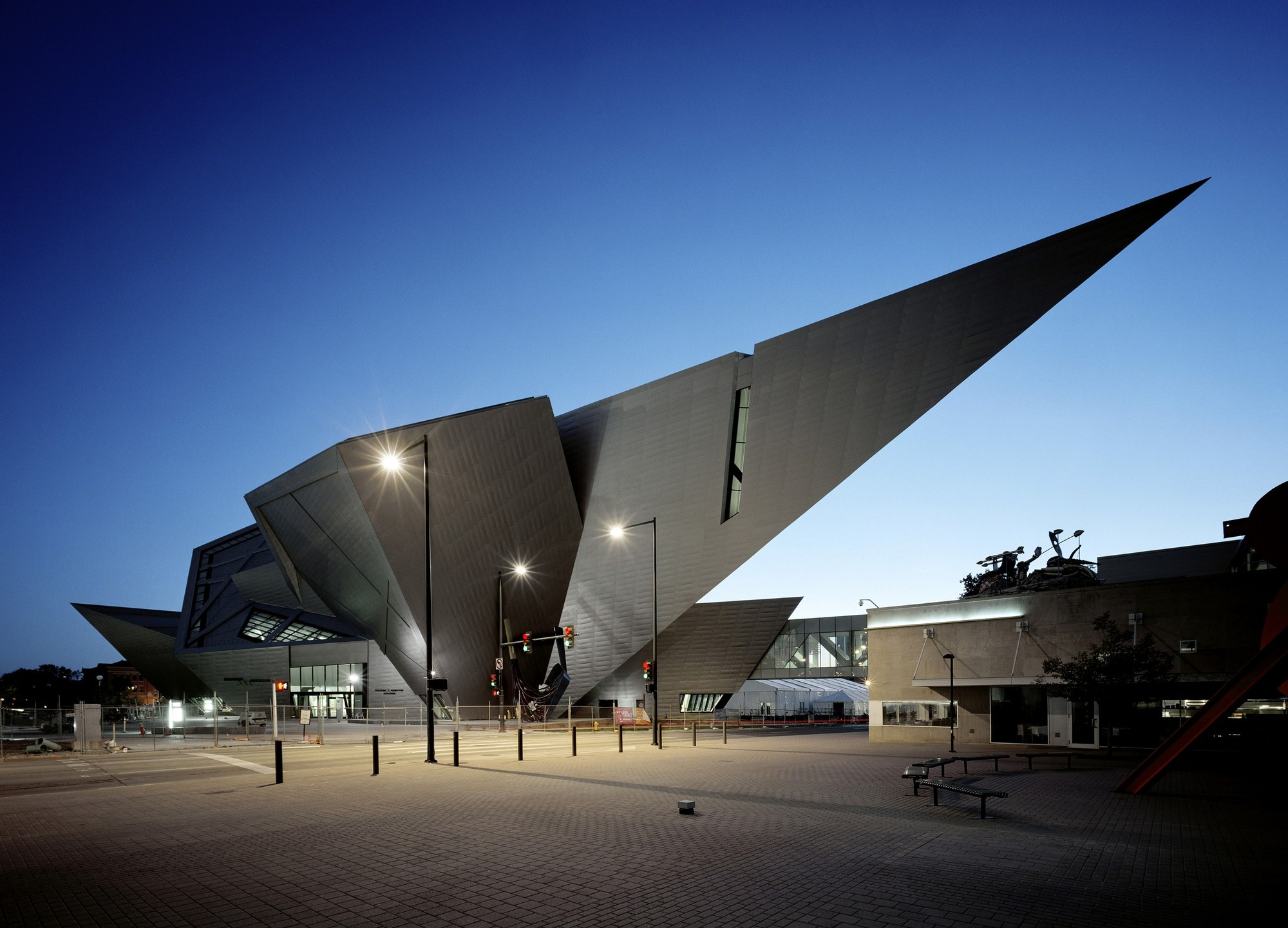 Denver art museum studio libeskind archdaily for Archdaily com