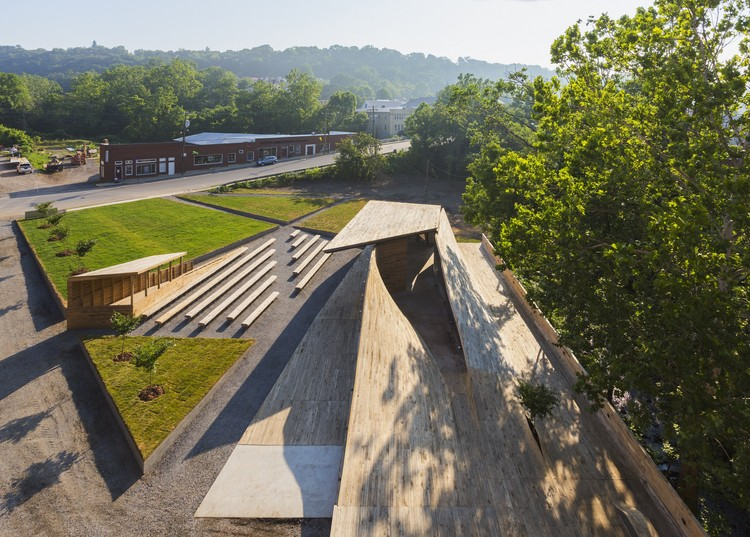 Masonic Amphitheatre Project / design/buildLAB | ArchDaily