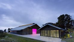 Seabury Hall Creative Arts Center / Flansburgh Architects