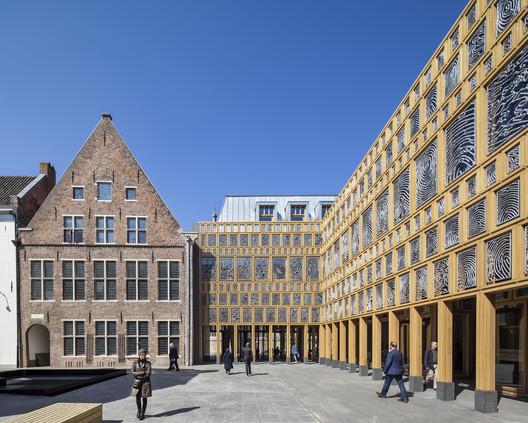 Deventer City Hall / Neuteings Riedijk Architecten