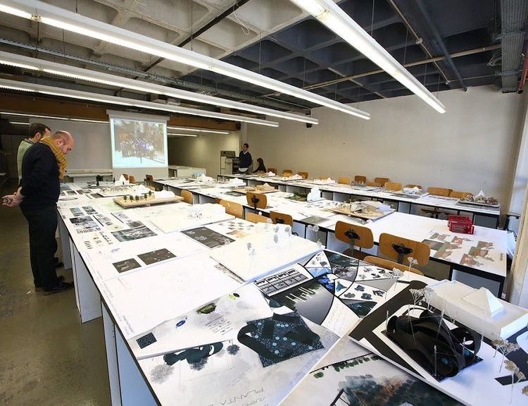 Become An International Architect At The Uic Barcelona School Of Architecture Archdaily