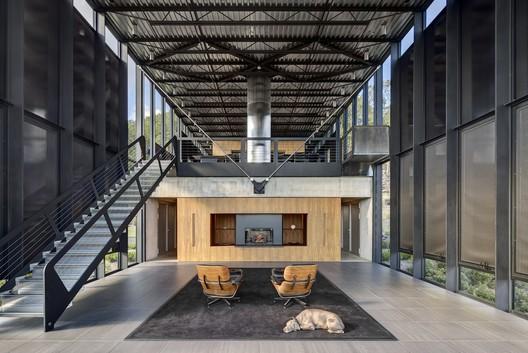 Casa Shokan / Jay Bargmann