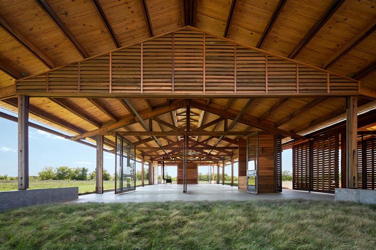 Pavilhão da Fundação Dixon Water / Lake|Flato Architects, © Casey Dunn