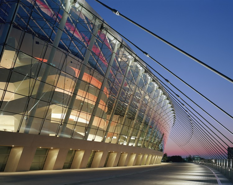 Kauffman Center for the Performing Arts / Safdie ...
