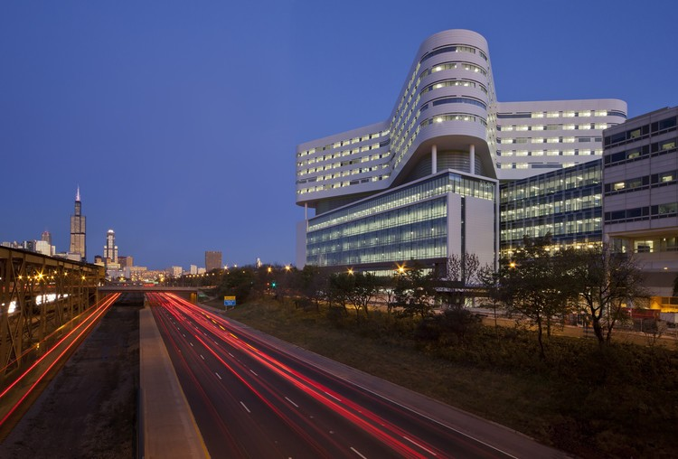 New Hospital Tower Rush University Medical Center / Perkins+Will, © James Steinkamp, Steinkamp Photography