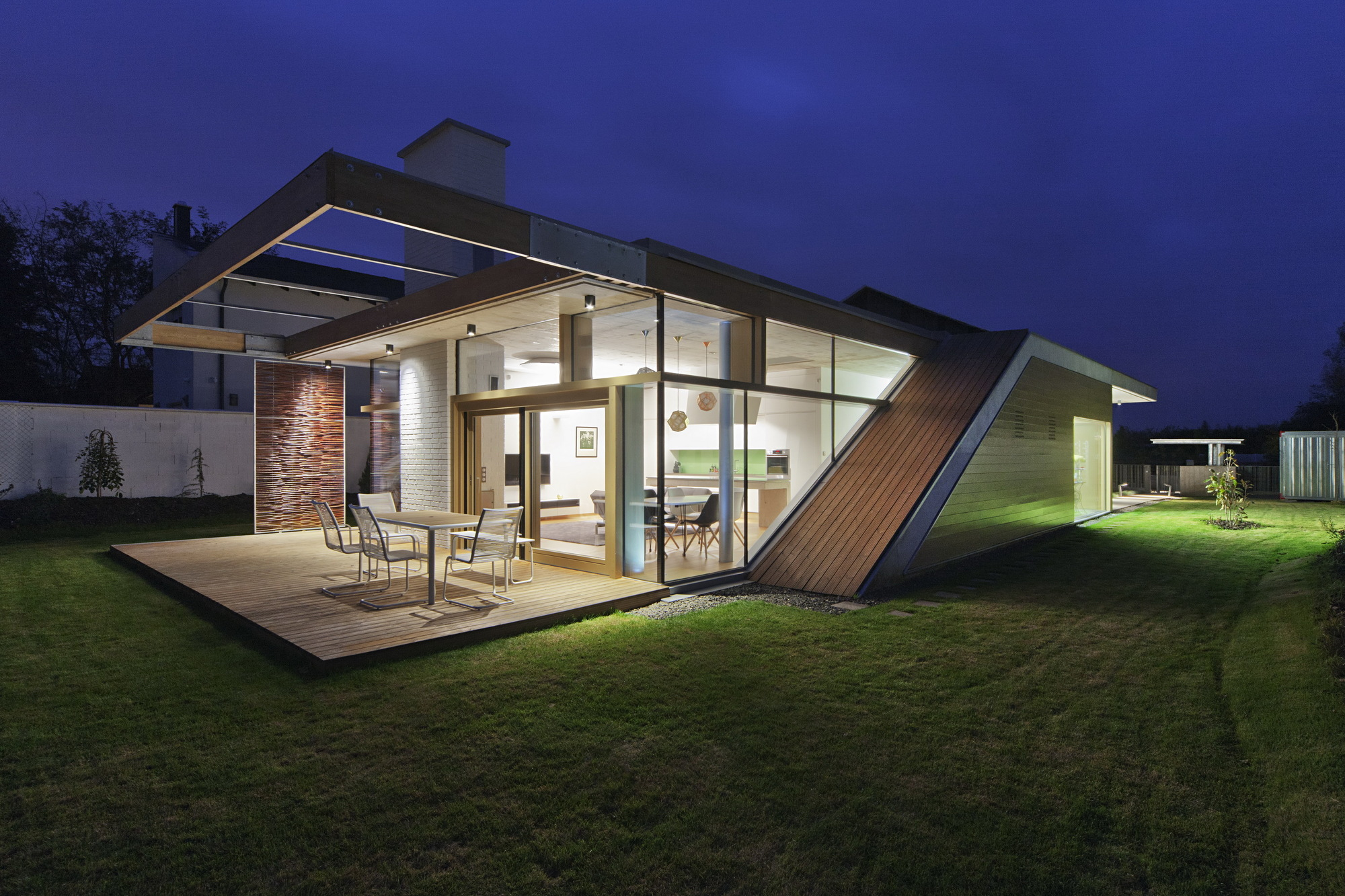 TD House / sporaarchitects | ArchDaily