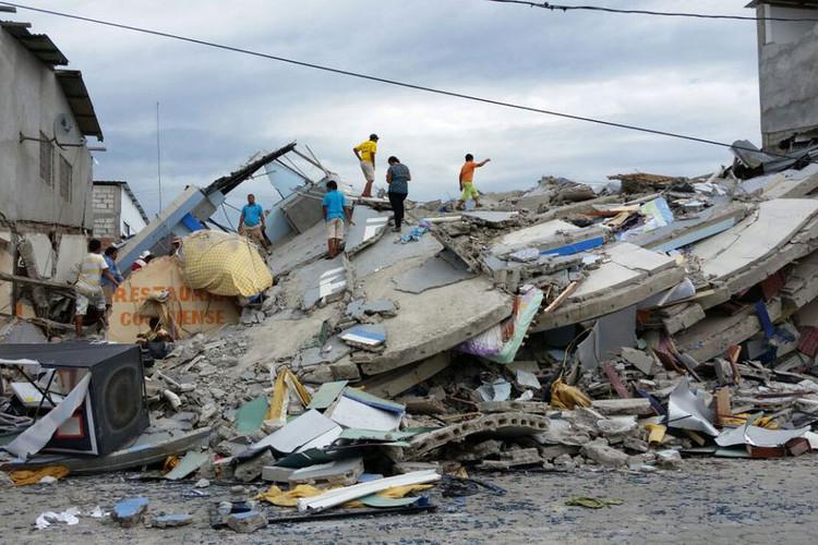 ONU seleciona arquitetos voluntários para ajudar aos afetados pelo terremoto no Equador, via United Nations Volunteers:Special recruitment