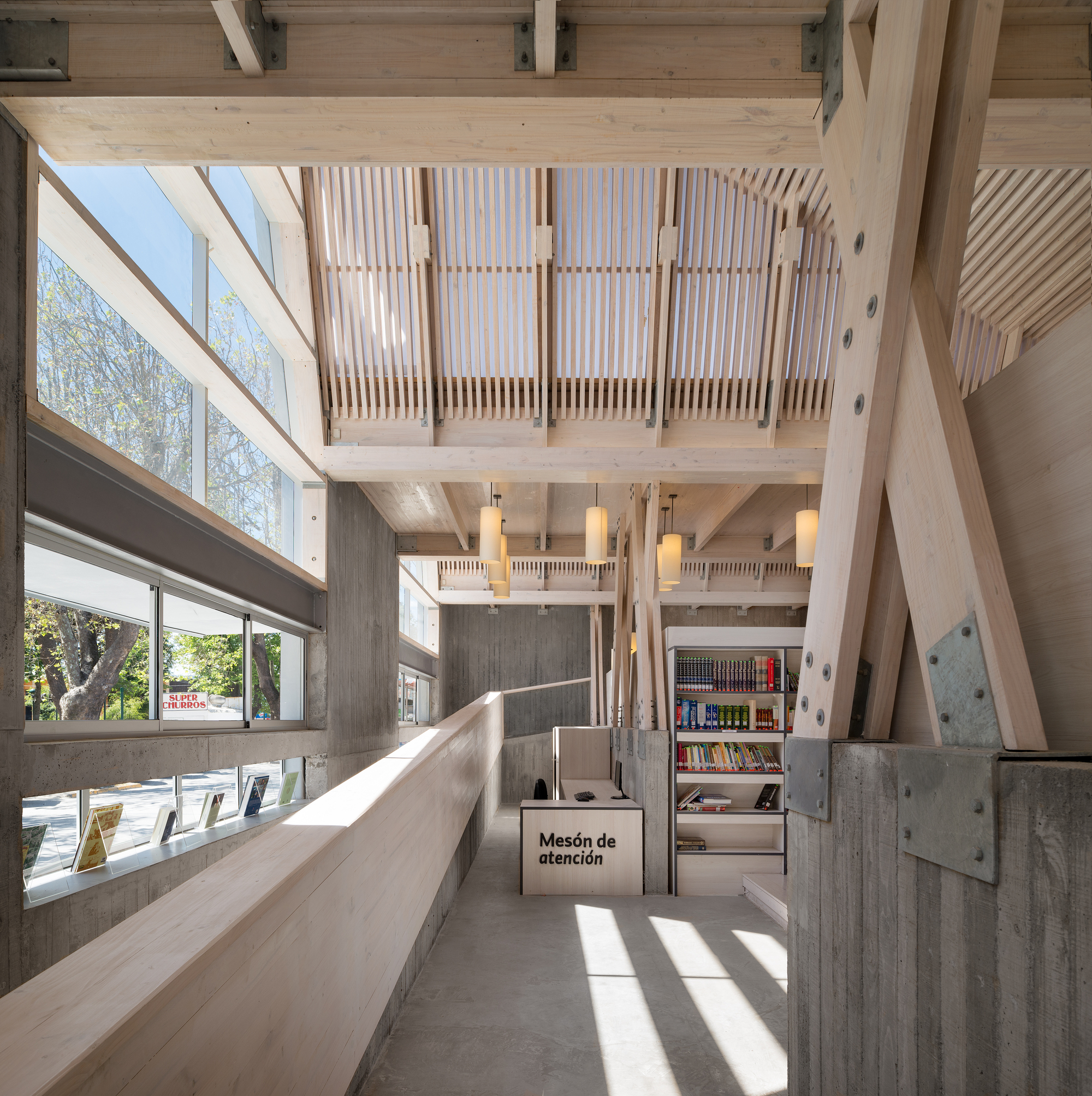 Galeria de biblioteca p blica de constituci n sebastian - Corso interior design on line ...
