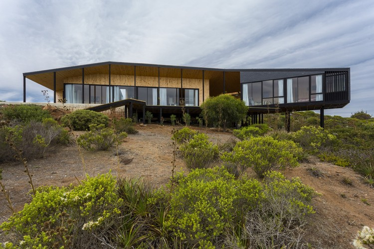Residência Ensignia Gerber / OF Arquitectos, © Marcos Mendizabal