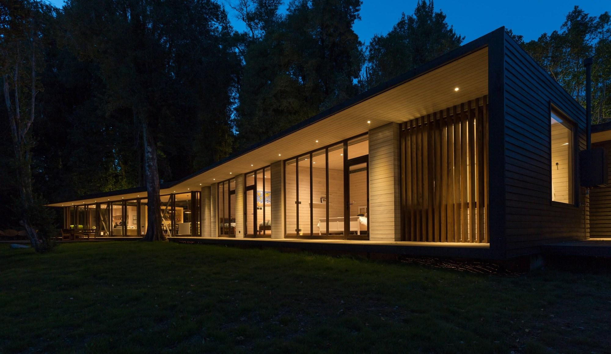 Galeria de casa no lago villarrica planmaestro 17 for Comprare casa al lago
