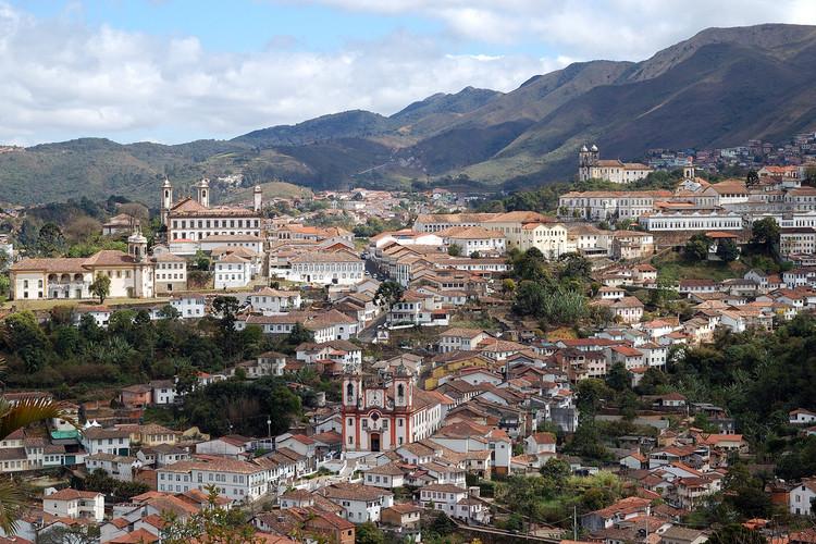 """Embaixada Brasileira em Londres promove a """"Exposição Itinerante dos Patrimônios Culturais da Humanidade no Brasil"""", Ouro Preto, MG. Image © Rosino, via Flickr. CC"""
