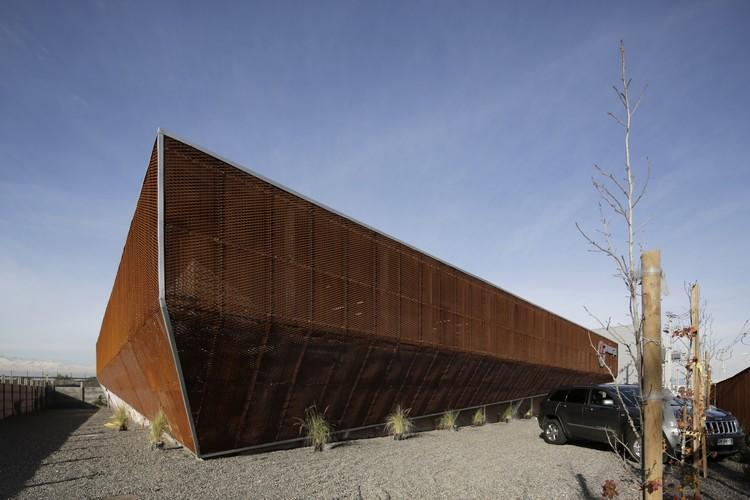 Proingas / Gonzalo Iturriaga | Arquitectos, © Pablo Casals Aguirre