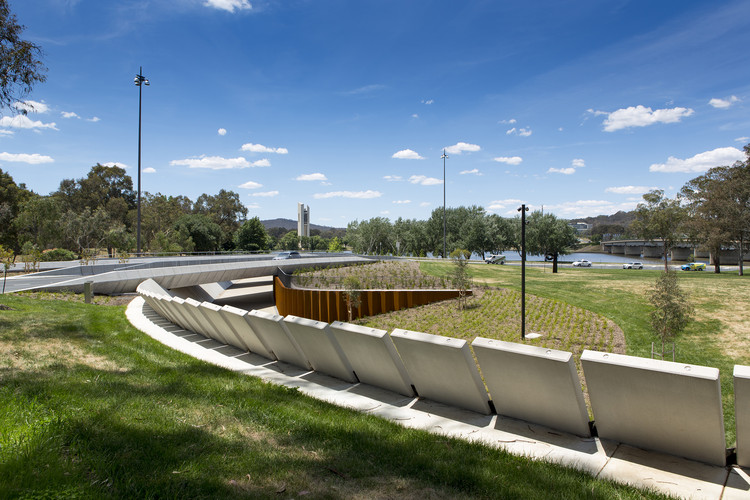 bowen place crossing    lahznimmo architects