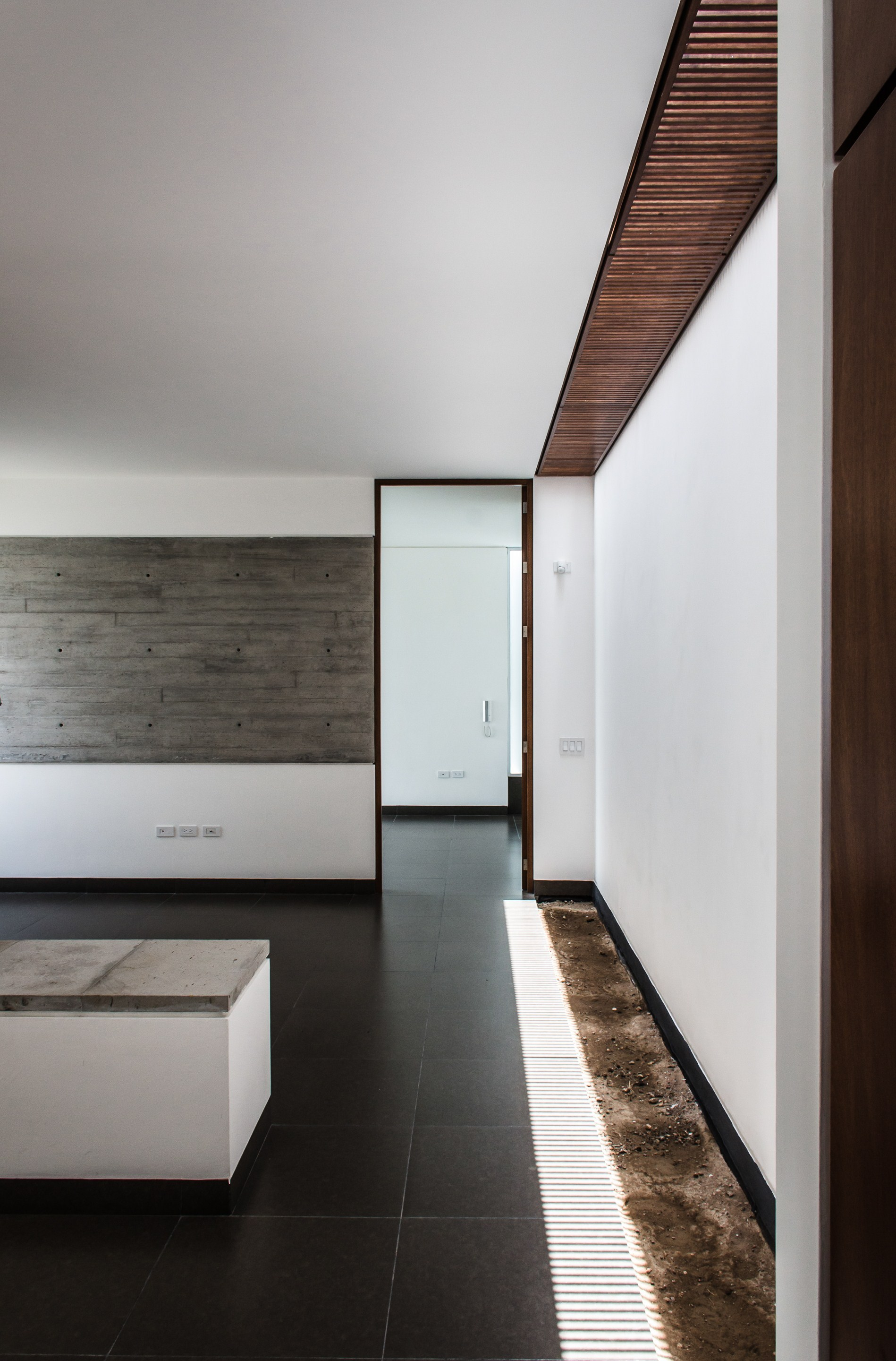 Gallery of t02 adi arquitectura y dise o interior 15 for Adi arquitectura y diseno interior