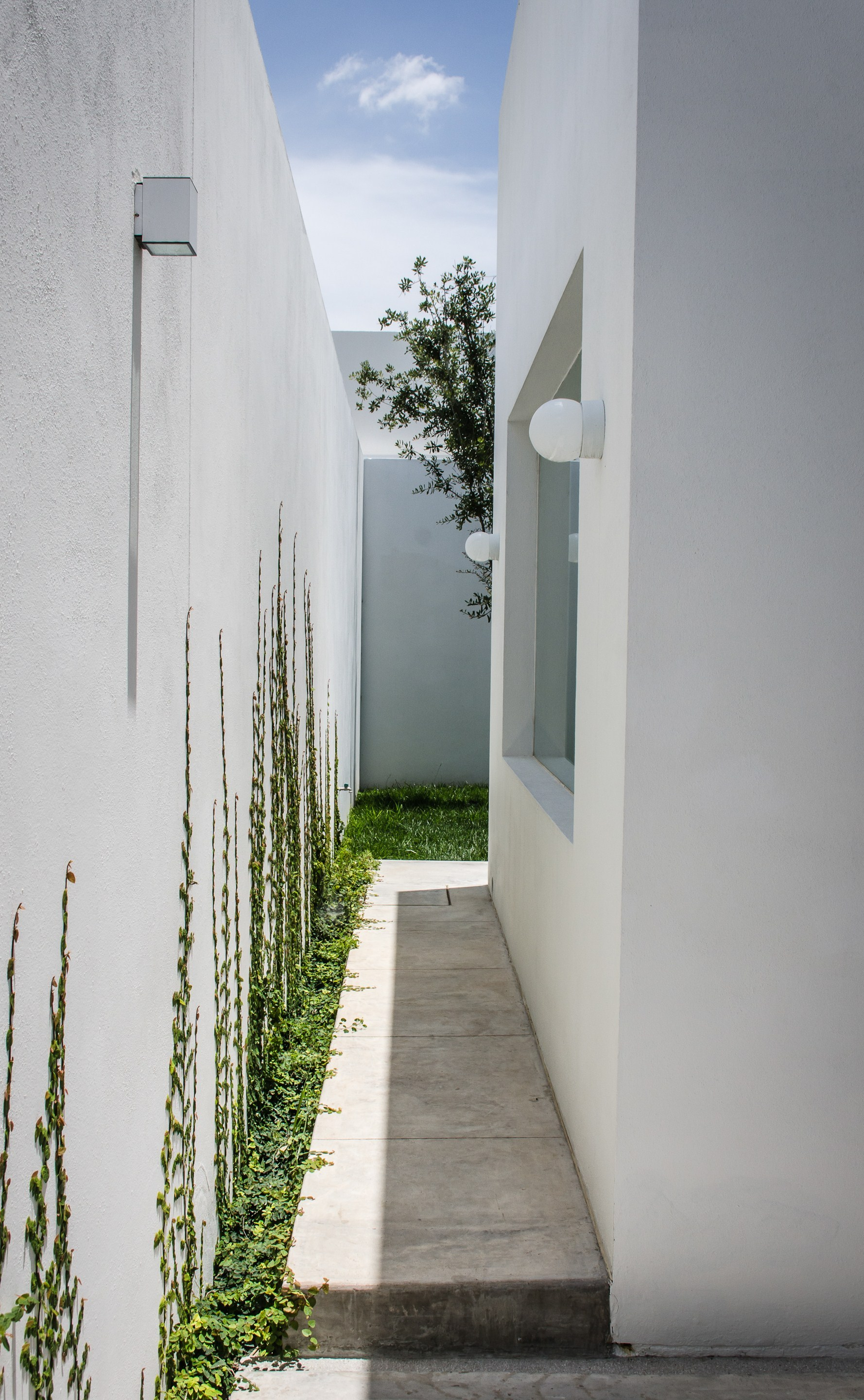 Gallery of t02 adi arquitectura y dise o interior 9 for Adi arquitectura y diseno interior