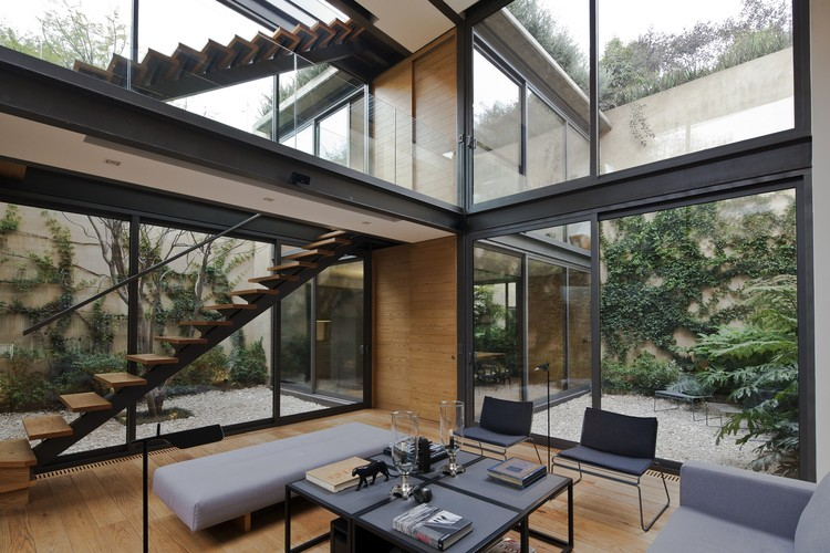 House With Four Courtyards Andres Stebelski Arquitecto on Eichler Atrium Home Floor Plans