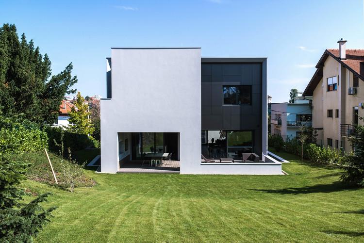 Casa en la Calle Z  / Dva Arhitekta, © Bosnic&Dorotic