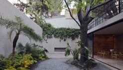 Hill Studio House / CCA Centro de Colaboración Arquitectónica