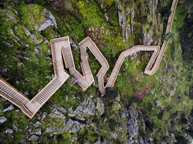 Paiva Walkways  / Trimetrica, © Nelson Garrido