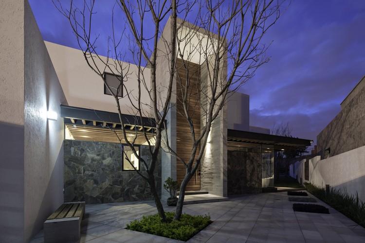Casa 8A / Dionne Arquitectos, © Patrick Lopez