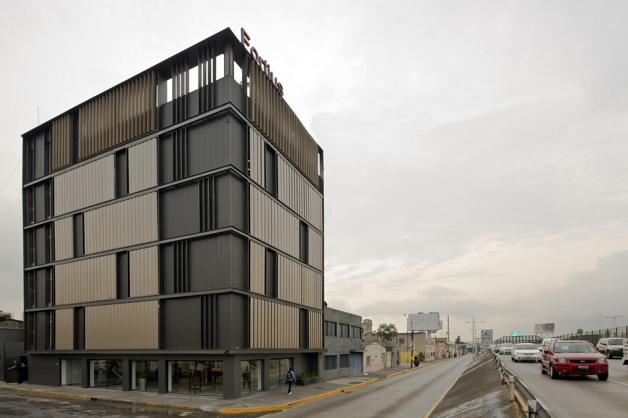 Remodelaci n edificio de oficinas fortius m xico erreqerre arquitectura y urbanismo - Edificio de oficinas ...