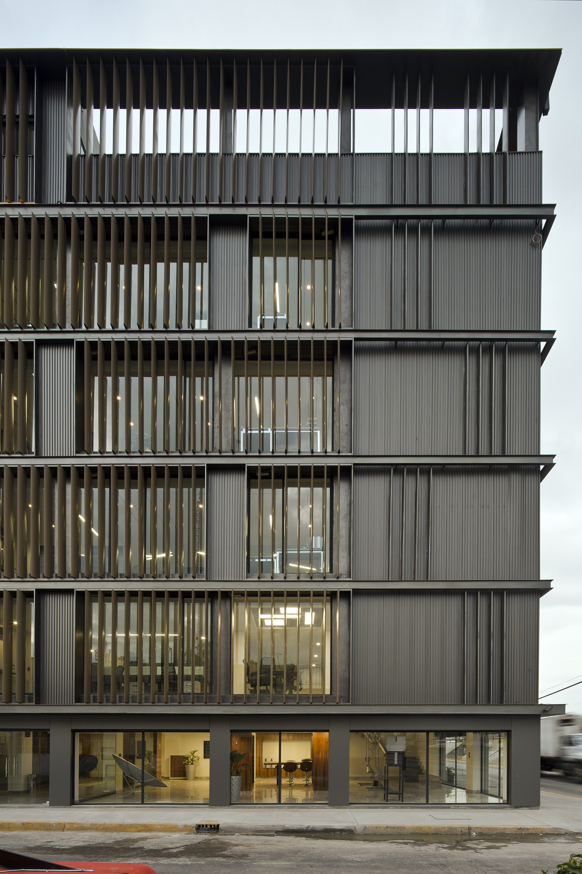 Gallery of renovation of m xico fortius office building for Arquitectura y urbanismo