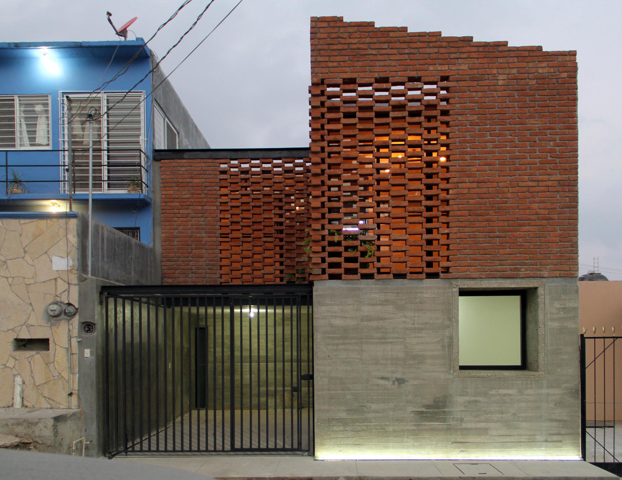 Galer a de casa tadeo apaloosa estudio de arquitectura y for Casa de arquitecto moderno