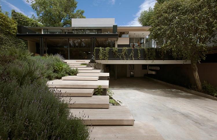 Casa lomas ii paola calzada arquitectos archdaily m xico for Casa lomas muebles