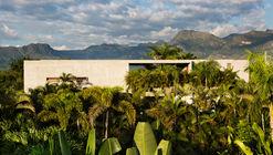 Casas Nilo / Alberto Burckhard + Carolina Echeverri