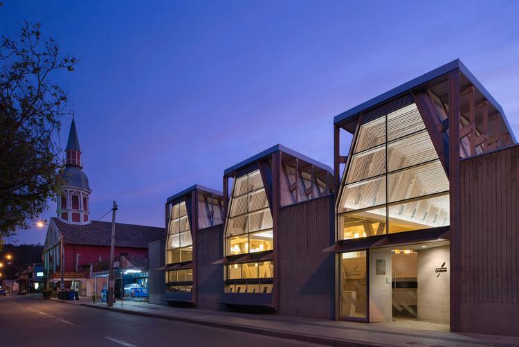 Biblioteca de Constitución diseñada por Sebastián Irarrázabal entre los finalistas del primer premio internacional RIBA, Biblioteca pública de Constitución. Image © Felipe Díaz Contardo