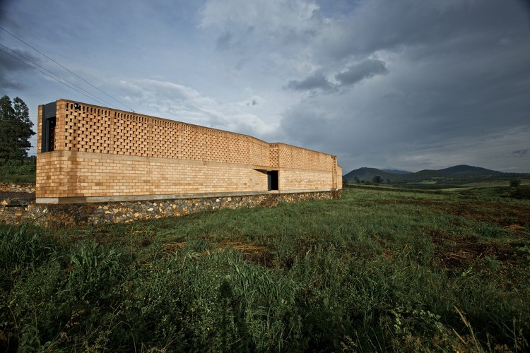 "Refúgio ""Ruta del Peregrino"" / Luis Aldrete, Estanzuela. Image © Francisco Perez"