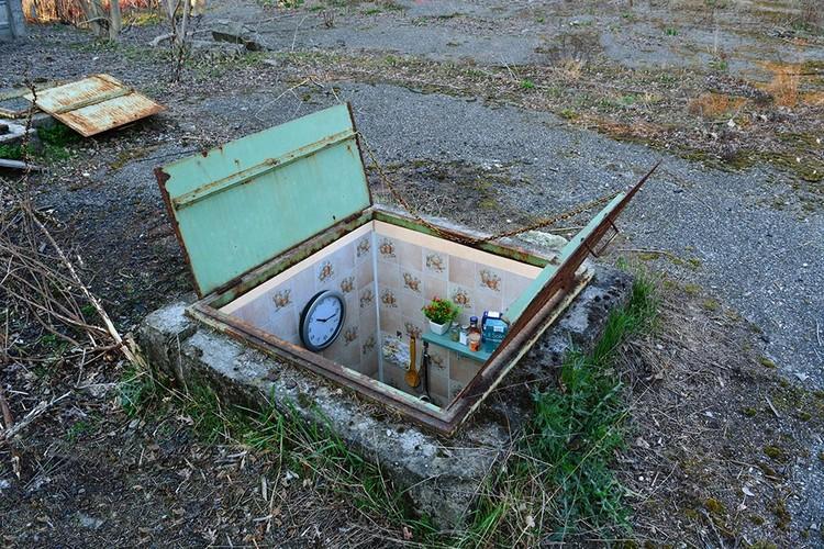 """El artista Biancoshock cuestiona el derecho a la vivienda en su obra """"Borderlife"""", BORDERLIFE. Image © BIANCOSHOCK"""