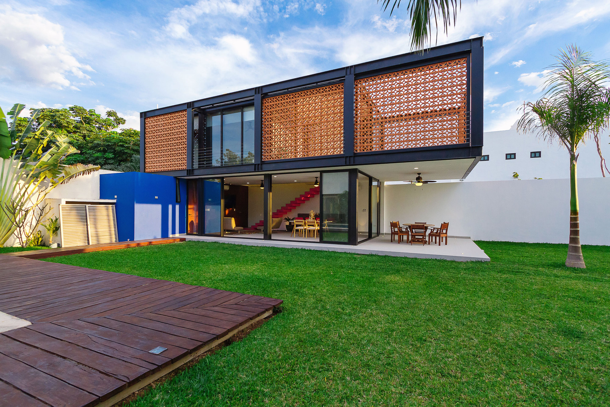 Loft g punto arquitect nico archdaily brasil for Consola de tipo industrial