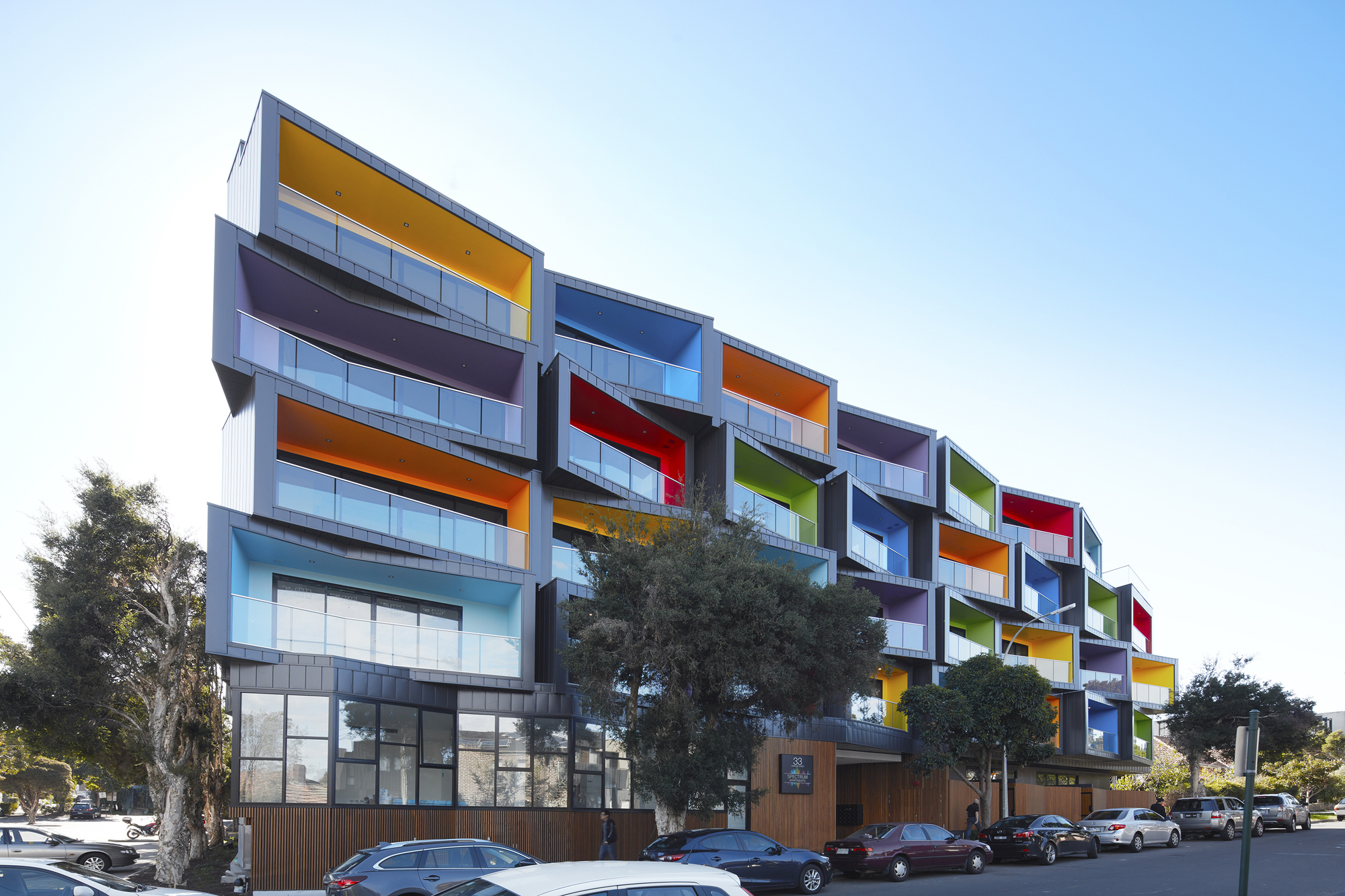 Spectrum Apartments Kavellaris Urban Design Archdaily